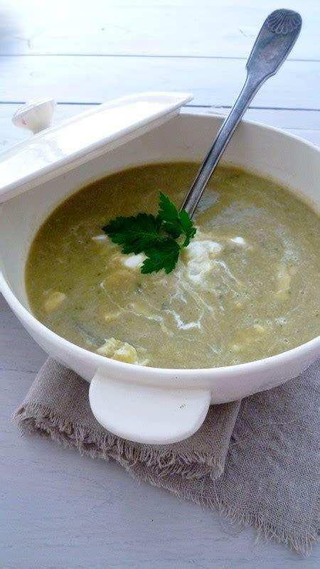 cuisiner le congre soupe de congre aux poireaux cuisine de tous les jours