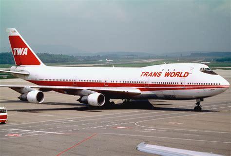 File:TWA Boeing 747-156; N133TW@ZRH, June 1987 DVX ...
