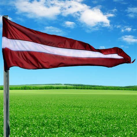 Latvijas karoga vimpelis
