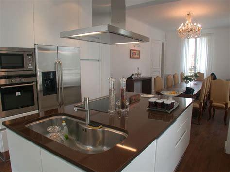 ilot centrale cuisine but cuisines ilot central id 233 es de d 233 coration et de mobilier pour la conception de la maison