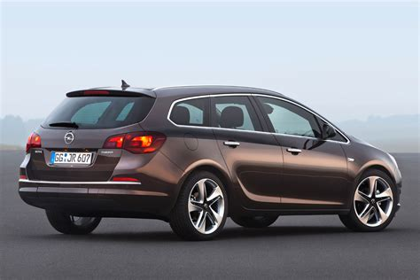 Opel Astra Sports Tourer by Opel Astra Sports Tourer 2012 Pictures Opel Astra Sports