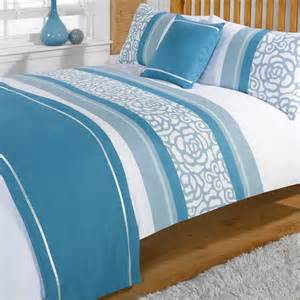 lorenza teal white patterned bed in a bag duvet quilt