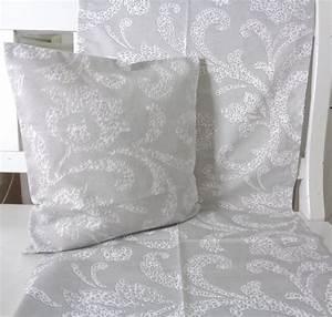 Kissen Grau Weiß : kissen dekoskissen grau weiss ranken 40x40 ohne f llung ~ Whattoseeinmadrid.com Haus und Dekorationen