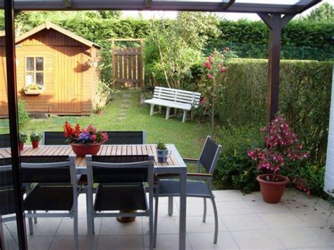terrasse et jardin photo 1 1 terrasse et petit jardin d une maison mitoyenne