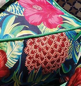 Tissu Imprimé Tropical : pina colada tissu ameublement imprim pour chaise fauteuil canap mobilier de jardin bird de ~ Teatrodelosmanantiales.com Idées de Décoration