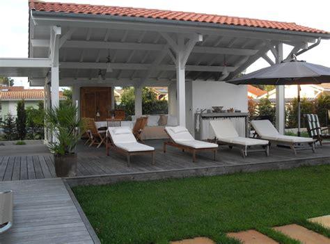 cuisine ete bois extension cuisine d 39 été contemporain terrasse en