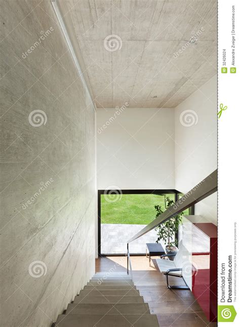 escalier interieur de villa villa moderne int 233 rieur escaliers images stock image 32426024