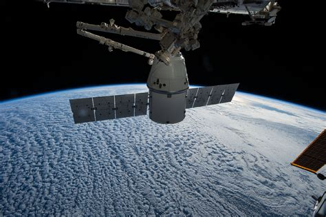 SpaceX plans a busy day Tuesday – Spaceflight Now