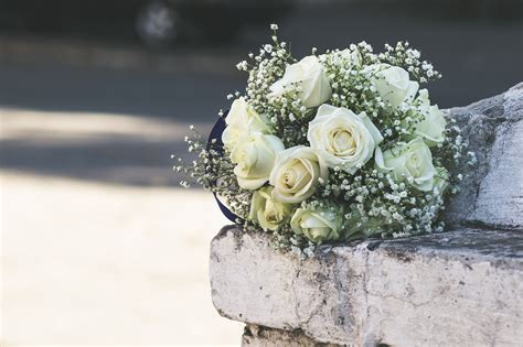 beautiful wedding flowers  meanings north west