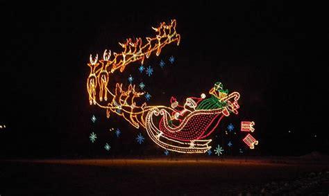 hines drive christmas lights wayne county lightfest holiday light display metro parent