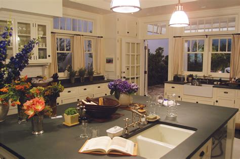 modern country style something 39 s gotta give kitchen