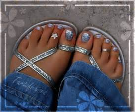 Nail art designs for toes