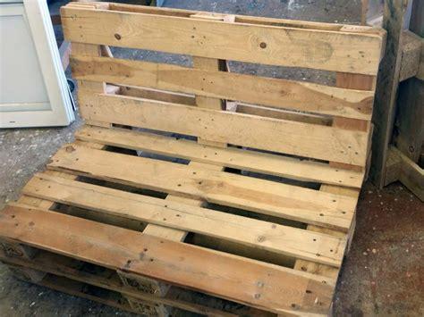 palettenmoebel selber bauen sitzecke mit tisch