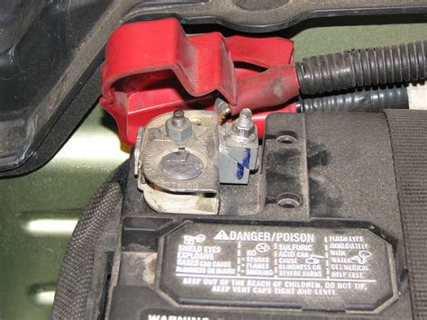 hooking positive battery terminal  problem  mustang