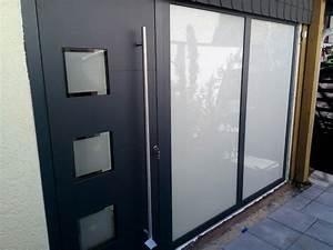 Haustüren Mit Viel Glas : aluminium haust re mit seitenteil und gestrahltes glas ~ Michelbontemps.com Haus und Dekorationen