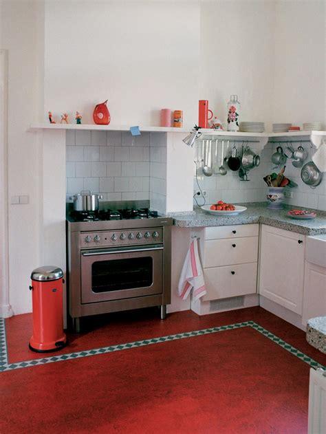 vintage kitchen flooring linoleum flooring in the kitchen hgtv 3217