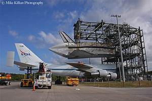 Space shuttle Discovery ready to be mated to NASA's ...