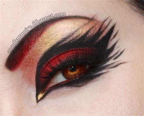 spider web cat bat eye makeup  ideas  halloween  modern fashion blog