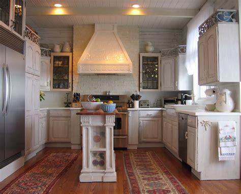 Fireplace: Shabby Chic Kitchen With Whitewash Brick Wall
