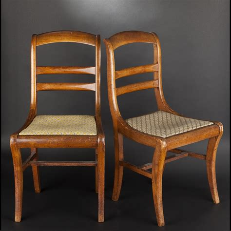 chaise de style paire de chaises en bois fruitier epoque louis philippe
