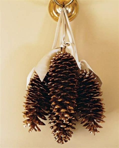 deko weihnachten zapfen 1001 ideen f 252 r deko mit tannenzapfen zum erstaunen