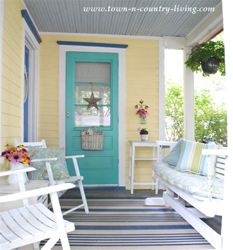 Porch Paint Colors by Choosing My New Exterior Paint Colors Town Country Living