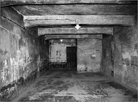 d o chambre b genocide een gaskamer in auschwitz begrippen rondom