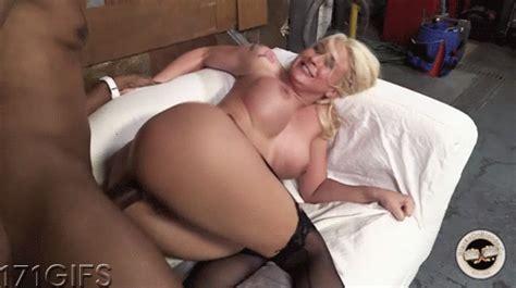 Leya Falcon Blacks On Blondes 171er
