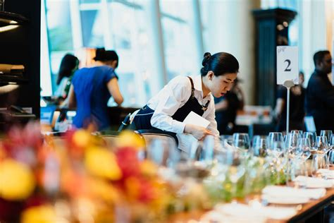 customer service training   hospitality industry