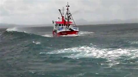 Boat R Mooloolaba by Markarna Getting Smashed In Mooloolaba Bar