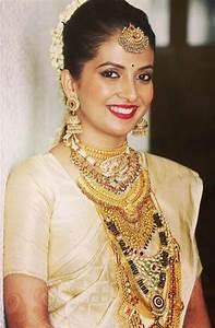 15 Kerala Wedding Sarees & Blouse Designs
