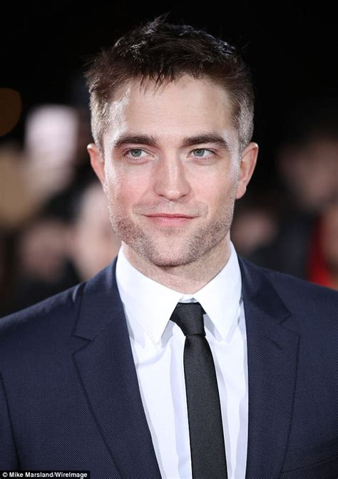 Robert Pattinson admits 'curious' about Twilight return ...