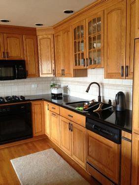 kitchen backsplash with oak cabinets subway tile backsplash with oak cabinets search 7715