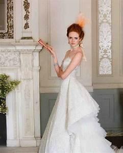 Classic wedding dress cuts by decade martha stewart weddings for Wedding dress cuts