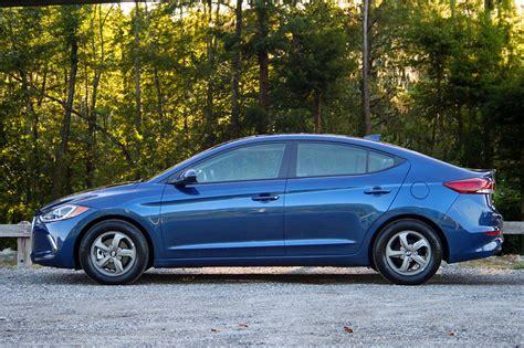 2017 Hyundai Elantra Eco by 2017 Hyundai Elantra Eco Driven Review Top Speed