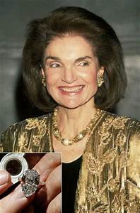 the most expensive celebrity engagement rings 45 pics With jackie onassis wedding ring