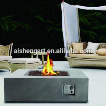 terrasse tisch mit feuerstelle outdoor feuerstelle gas wohn design
