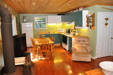 grace lake jay pee tee wilberforce cottages cottage care rentals