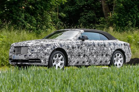 2018 Rolls Royce Dawn Spied Autoevolution