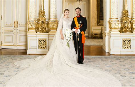 dressybridal  royal wedding dress   favorite