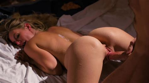 Erotic Hot Wax And Ice Treat With Intense Sex For Mona Wales