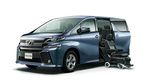 Toyota Vellfire Picture by Black And White Gorillas Argue In 2015 Toyota Vellfire