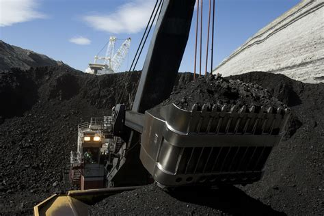Defying trends, Wyoming approves a new coal mine — High ...
