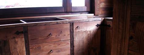 Zendri Loris Falegname artigiano scultore su legno