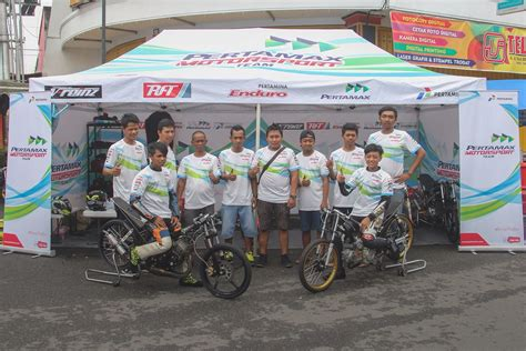 Foto Motor Drag Gila by Dragster Anyar Pertamax Motorsport Drag Bike Team Borong