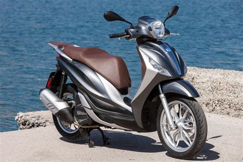 Piaggio Medley Image by Piaggio Medley 125 Motorscooter Kort Snel En Actueel