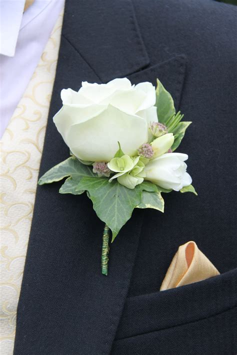 wedding boutonnieres  contempo
