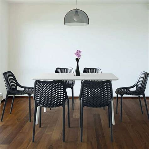 chaise d finition chaise moderne ajourée en polypropylène air 4 pieds