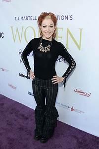 Lindsey Stirling - Lindsey Stirling Photos - Women of ...