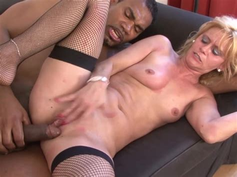 White Cougar Squirting Fucked By Black Man Hardcore
